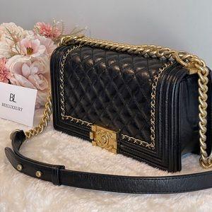 🖤 Chanel Medium Boy 🖤 Distressed Leather GHW Bag
